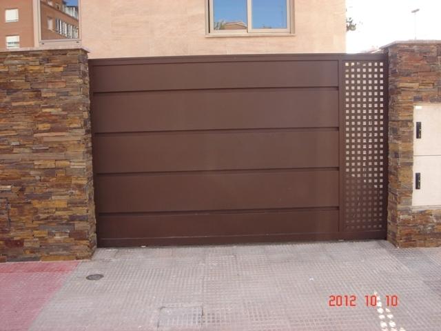 Puertas - Puertas de chapa ...